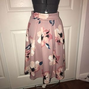 Dresses & Skirts - Floral Print Skirt